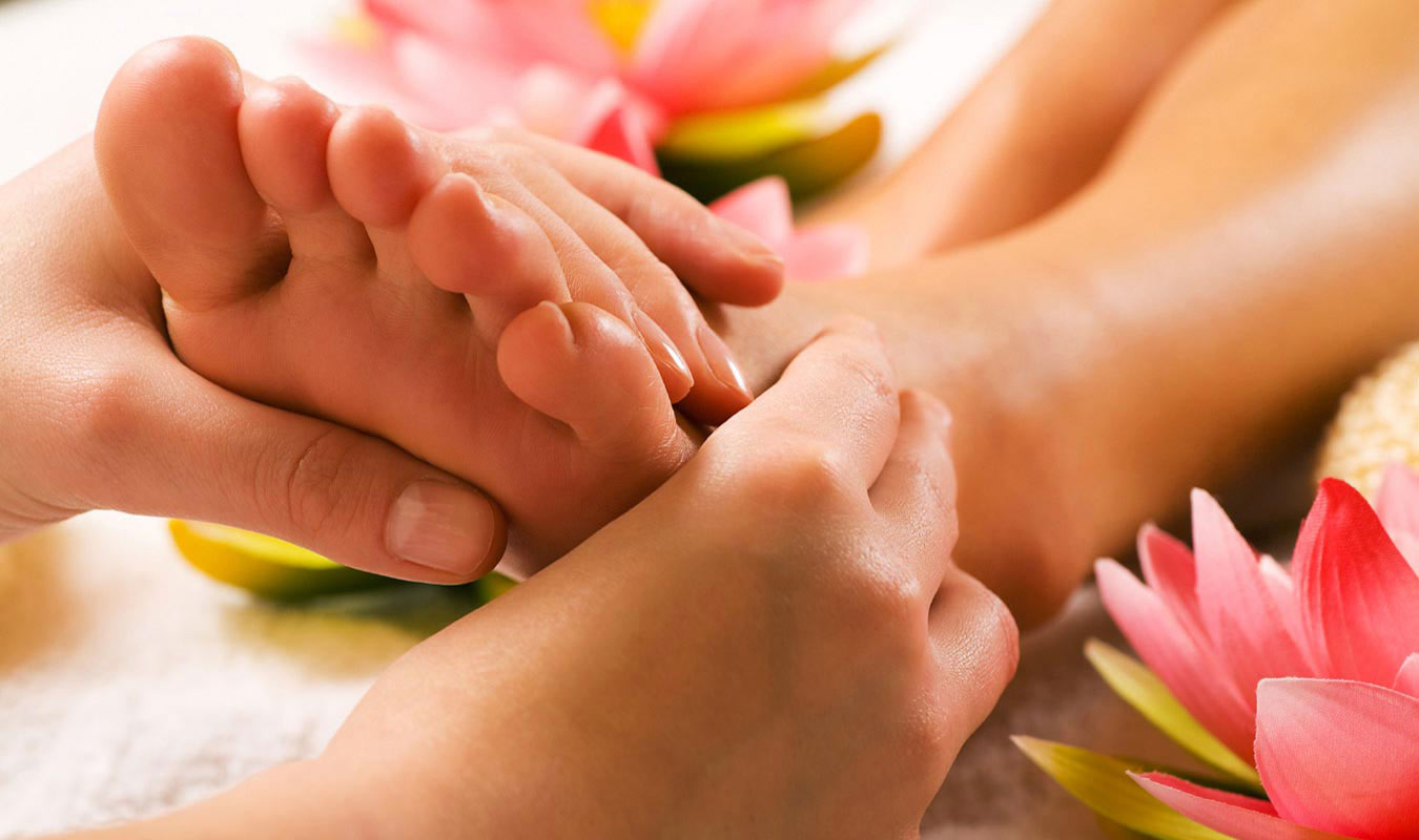 Healing Touch Health Center - Foot Touch Therapy